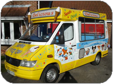 Ice Cream van for hire in Oxfordshire, Gloucestershire, Wiltshire and Bicester of England.